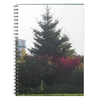 自然恋人のギフトの木の花のテンプレートは文字を加えます ノートブック