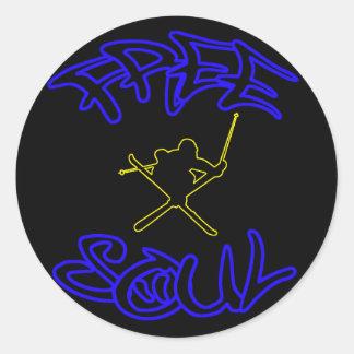 自由な精神のスキーヤーのステッカーの黒 ラウンドシール