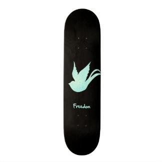 自由のつばめ スケートボード