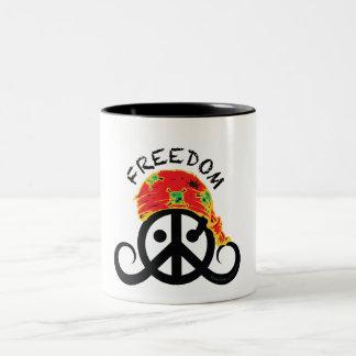 自由のマグ(信号器; 海賊バンダナ; ) ツートーンマグカップ