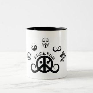 自由のマグ(2色; 起源) ツートーンマグカップ