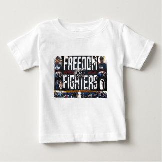 自由の戦闘機の子供2 ベビーTシャツ