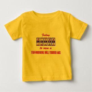 自身に幸運(犬)スタッフォードのブルテリアの組合せ ベビーTシャツ