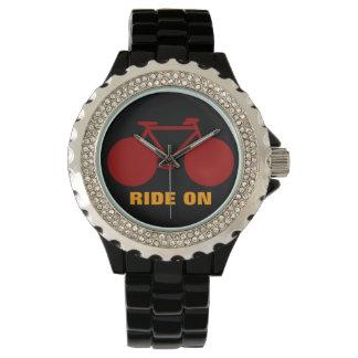 自転車のアイディア「の」乗車 腕時計