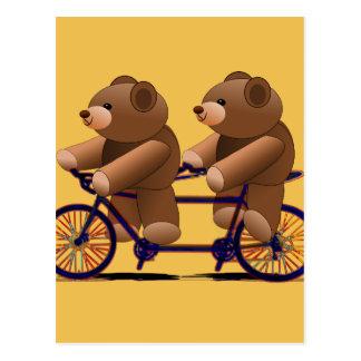 自転車のタンデム、テディー・ベアのプリント ポストカード