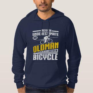 自転車を持つ老人 パーカ