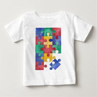 自閉症の認識度の水彩画のパズル ベビーTシャツ