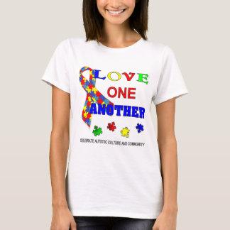 自閉症の認識度月のロゴ Tシャツ