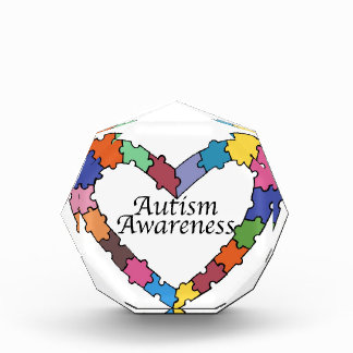 自閉症の認識度賞のパズルのハート 表彰盾