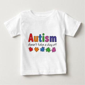 自閉症は休日を取りません ベビーTシャツ
