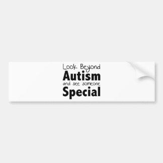 自閉症を越えて見、特別な誰かに会って下さい バンパーステッカー