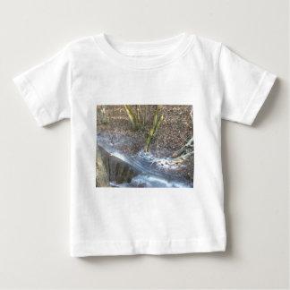 興味深い氷のひび ベビーTシャツ