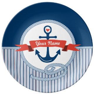 航海のないかりロープのリボンのストライプな赤白青 磁器プレート