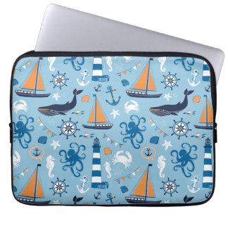 航海のなオーシャンブルーおよびオレンジ ラップトップスリーブ