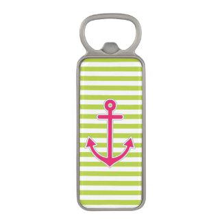 航海のなライムグリーンのストライプのショッキングピンクのいかり マグネット栓抜き