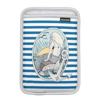 航海のな人魚青および白のストライプ iPad MINIスリーブ