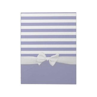 航海のな青い縞及び白いリボンの弓グラフィック ノートパッド
