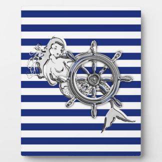 航海のの人魚のようなクロムは縞で飾ります フォトプラーク