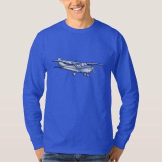 航空機のクラシックなクロムセスナ飛んでいるなカーボン繊維 Tシャツ