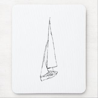 航行ボート。 白黒のスケッチ。 マウスパッド