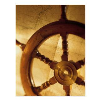 船の車輪および地図 ポストカード