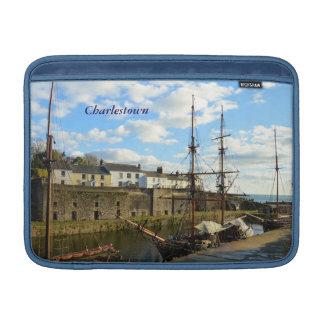 船のCharlestown高い港コーンウォールイギリス MacBook スリーブ