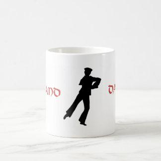 船員のHornpipeの高地のダンサー コーヒーマグカップ