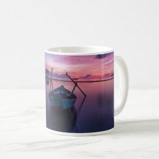 船遊びのカヌーのカヤックのヨットのボートのマグ コーヒーマグカップ