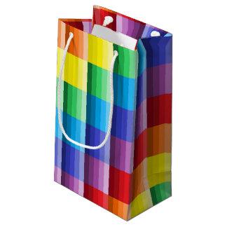 色のギフトバッグの陰 スモールペーパーバッグ