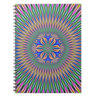 色のノートの花のモチーフ ノートブック