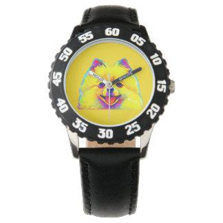 色のポメラニア犬 腕時計