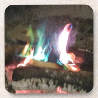 色のユニークなキャンプファイヤーの炎 コースター