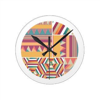 色の円 壁時計