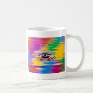 色の抽象的な色のしぶき コーヒーマグカップ