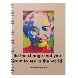 色のMahatma Gandhiのノートの顔 ノートブック