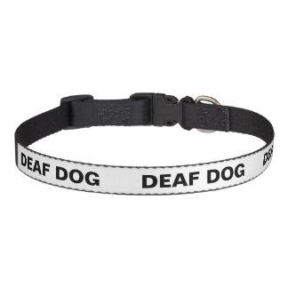 色分けされた犬の気質つば-耳が聞こえない犬