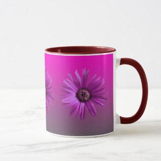 色彩の鮮やかなデイジー マグカップ