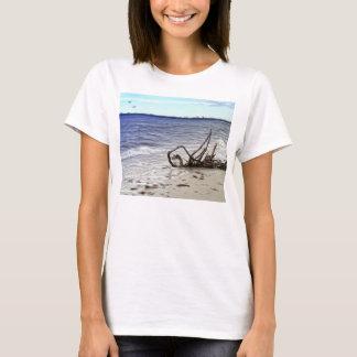 色彩の鮮やかな流木のTシャツ Tシャツ