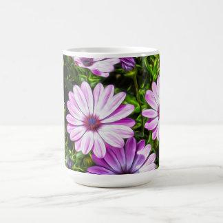 色彩の鮮やかな紫色の花 コーヒーマグカップ