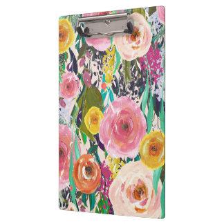 色彩の鮮やかな花の女性ギフトのクリップボード