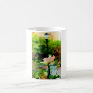 色彩の鮮やかな花 コーヒーマグカップ