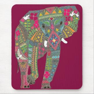 色彩の鮮やかな象 マウスパッド