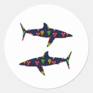 色彩の鮮やかな鮫の魚の危険はnavinJOSHI NVN99をからかいます ラウンドシール