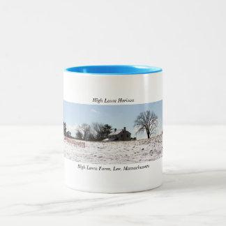 芝生の地平線のCoffの高いマグ ツートーンマグカップ