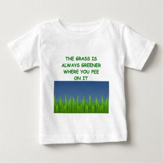 芝生 ベビーTシャツ