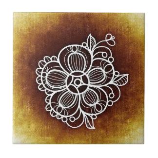 花いっぱいのブラウン タイル