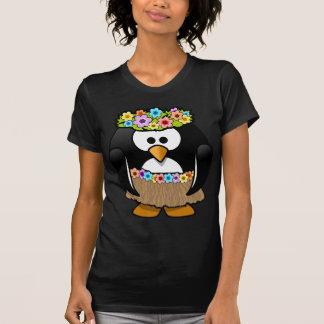 花および腰蓑を持つハワイのペンギン Tシャツ