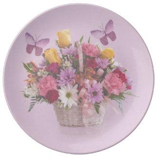 花および蝶のバスケット 磁器プレート