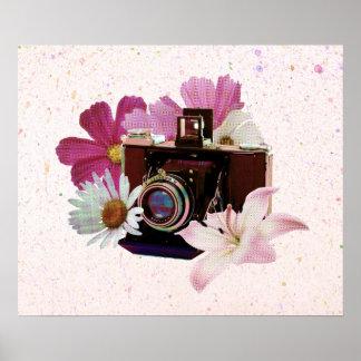 花が付いているヴィンテージのカメラ ポスター