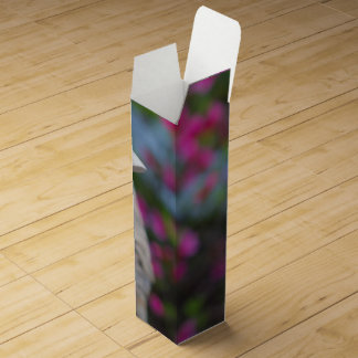花が付いている木のアヒルの頭部 ワインギフトボックス